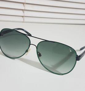 49d97f5651baf Oculos Verde - Encontre mais belezas mil no site  enjoei.com.br   enjoei