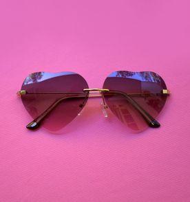a25bebe2911e8 Oculos De Coracao Marrom - Encontre mais belezas mil no site  enjoei ...
