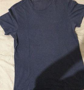 96c9c37e6f29a Camisa Gola V Azul Calvin Klein   Camiseta Masculina Calvin Klein ...