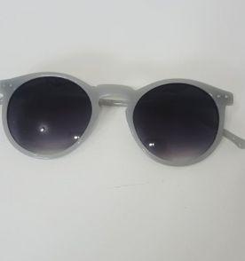 Oculos Vintage Retro - Encontre mais belezas mil no site  enjoei.com ... 3b618e70c2