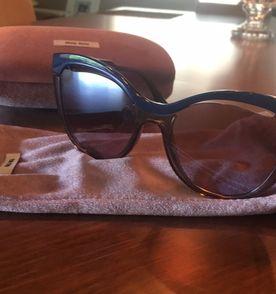 Lojinha Ny Oculos De Sol - Encontre mais belezas mil no site  enjoei ... 04d5190d8a