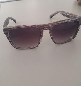 0606663efd57a Óculos Quiksilver   Óculos Feminino Quiksilver Usado 30602494   enjoei