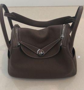 52f7e8b87c3 Dust Bag Hermes com Bolsa de Couro Cenoura Usada
