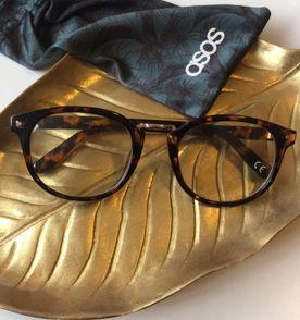 Oculos Tartaruga - Encontre mais belezas mil no site  enjoei.com.br ... 35ab7943f6