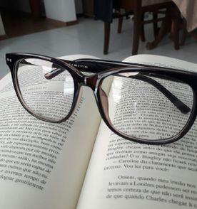 Oculos Geek Vintage - Encontre mais belezas mil no site  enjoei.com ... 2791eddb16