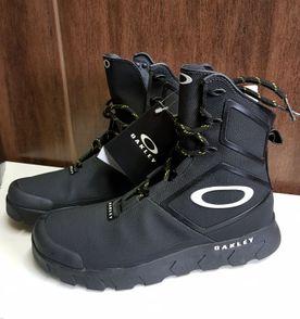 Oakley Calçados Masculino  978d04cf52e