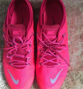 4b8615fd6c4 Nike Sapatilha Feminina 2019 Nova ou Usada