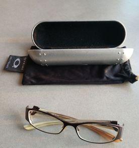 Oculos De Grau Oakley - Encontre mais belezas mil no site  enjoei ... 4194085de4