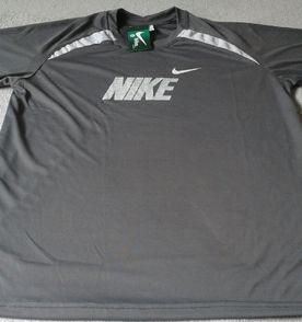 Nike Camisa Masculina 2019 Nova ou Usada  9ab6914105bc1