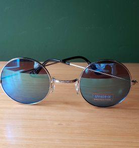 Oculos Espelhado Azul Redondo - Encontre mais belezas mil no site ... 24226dbd3b