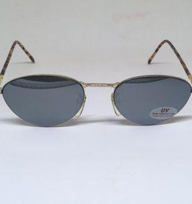 Oculos Oval Preco Retro - Encontre mais belezas mil no site  enjoei ... ab32a71e75