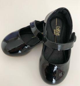 5acdef09e71b7 Sapato Infantil Preto - Encontre mais belezas mil no site  enjoei ...