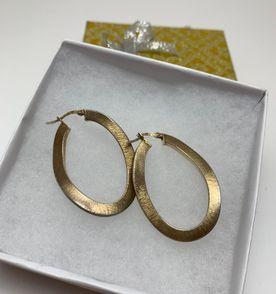 511c45d24ae Ouro Amarelo Fosco - Encontre mais belezas mil no site  enjoei.com ...