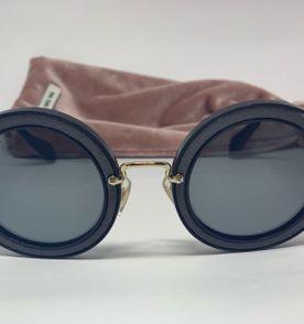 Oculos Miu Miu Comprar - Encontre mais belezas mil no site  enjoei ... 4856bca779