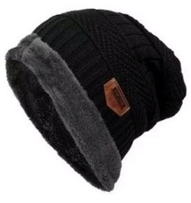 Gorro Beanie - Encontre mais belezas mil no site  enjoei.com.br  0c22543bed1