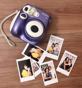 câmera instantânea polaroid 300 roxa + bolsa própria 1a41b7d56b