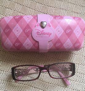 8bb28852a11a7 Oculos Princesas Disney Original   Item Infantil Disney Store Nunca ...