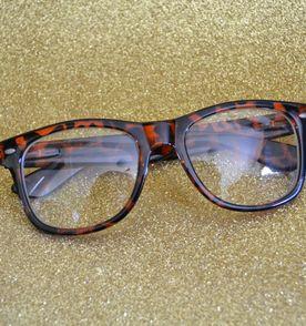 3aa99b7917b29 Oculos Grau Tartaruga - Encontre mais belezas mil no site  enjoei ...