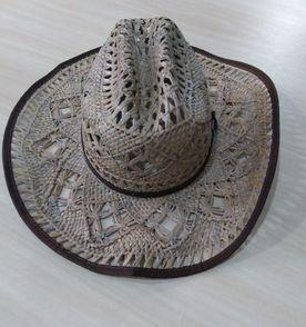 Chapeu Cowgirl - Encontre mais belezas mil no site  enjoei.com.br ... 5a898c5f0f0
