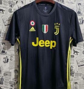 Camiseta Juventus - Encontre mais belezas mil no site  enjoei.com.br ... b70b89229baca