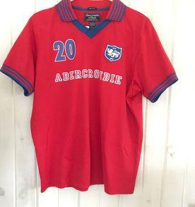 Camisa Rugby - Encontre mais belezas mil no site  enjoei.com.br  0b25f2ab5c4b0