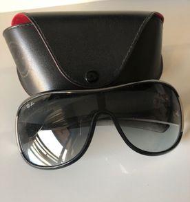 Oculos Sol Ray Ban Preto Erika - Encontre mais belezas mil no site ... 5eaae1f0f6