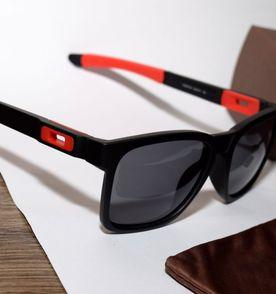 ab1dced94ca2e Oakley Óculos Masculino 2019 Novo ou Usado