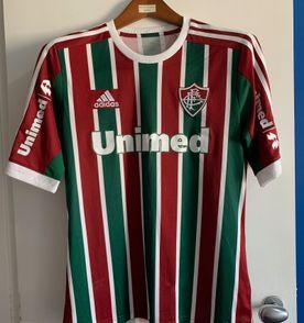 Camisa Fluminense - Encontre mais belezas mil no site  enjoei.com.br ... 46b27d3d62450