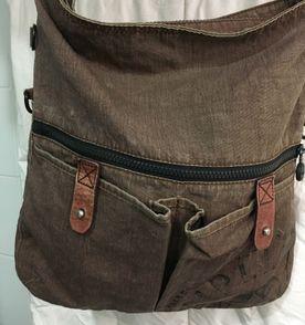 Bolsa Carteiro Estilo Vintage - Encontre mais belezas mil no site ... e3ca434a54