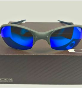Oakley Romeo 2 - Encontre mais belezas mil no site  enjoei.com.br ... 7ddf0c29ae