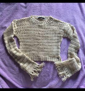 Cropped Crochê Blusa Feito A Mão - Encontre mais belezas mil no site ... e711c27fb97