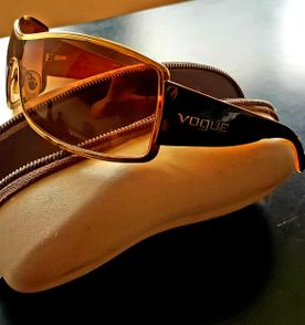 d555c8d893f30 Oculos Aviador Vogue - Encontre mais belezas mil no site  enjoei.com ...