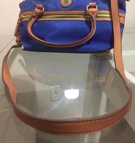 7172e462885 Bolsa Da Tommy Feminina - Encontre mais belezas mil no site  enjoei ...