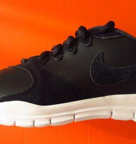 857e95a7ea Tênis Nike Flex Supreme Tr 3 Feminino - Rosa e Vermelho 39