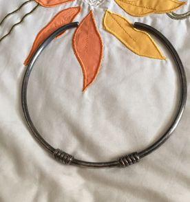 123a712b655 Prata Escura - Encontre mais belezas mil no site  enjoei.com.br