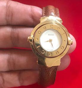 66bb4e9b42f Pulseira Gucci - Encontre mais belezas mil no site  enjoei.com.br ...