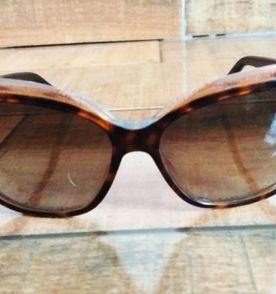 Oculos Escuros Levis - Encontre mais belezas mil no site  enjoei.com ... a9c31a144e