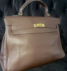 79988f9ea6d Hermes Kelly - Encontre mais belezas mil no site  enjoei.com.br