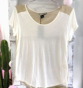 94e12d83b2f Blusa Dourada Lurex - Encontre mais belezas mil no site  enjoei.com ...