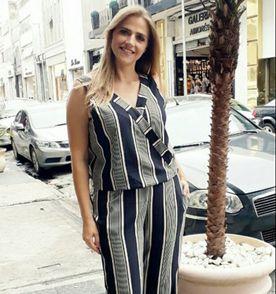 Macacao Plus Size - Encontre mais belezas mil no site  enjoei.com.br ... f59649d5a22