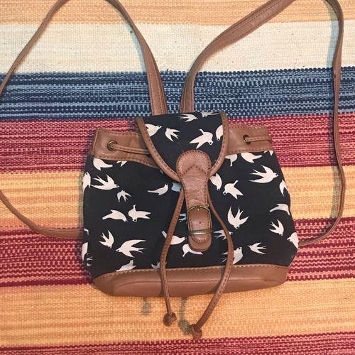 mochila pequena passarinhos 43668023