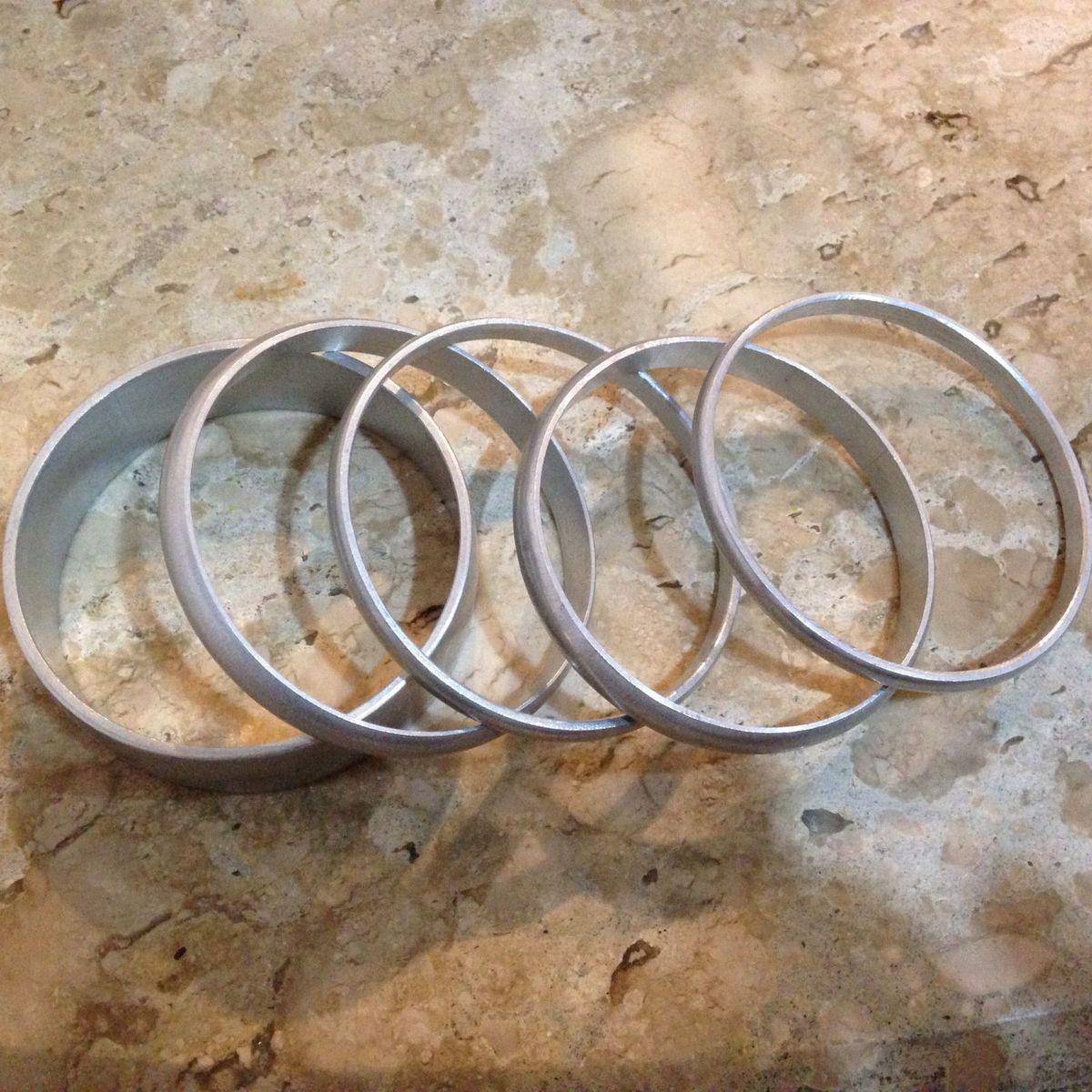 pulseiras de alumínio - bijoux sem marca