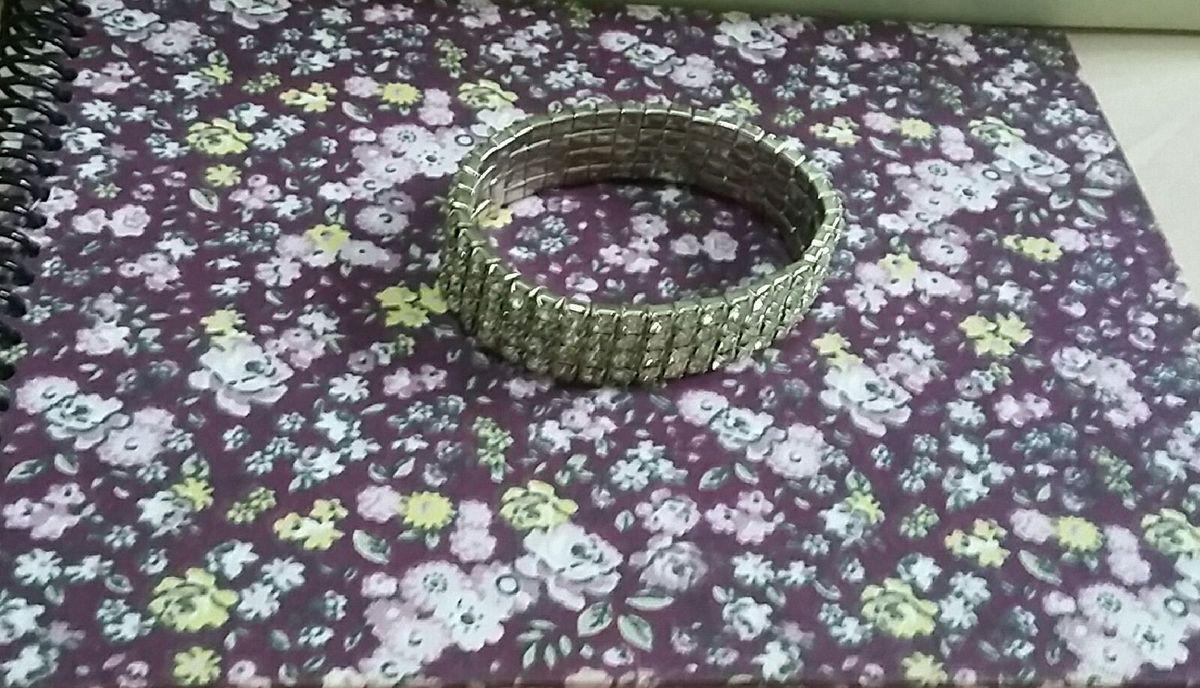 pulseiras strass - bijoux sem marca
