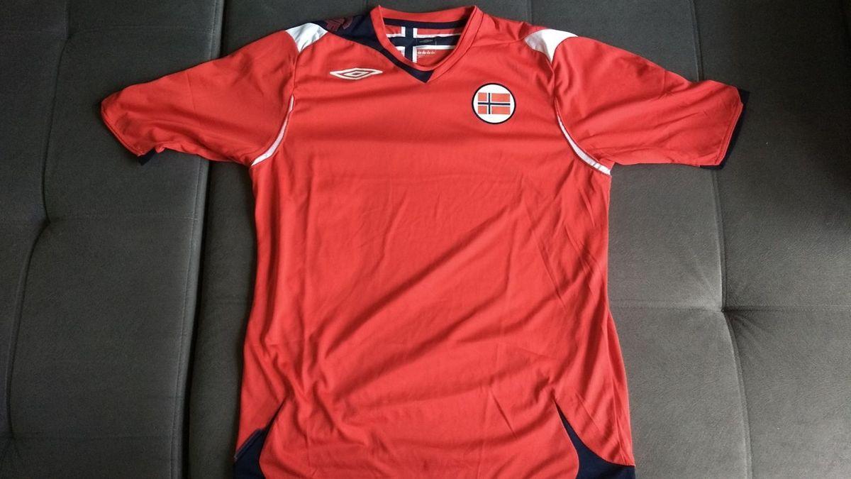 ae004fba7d6b5 Raridade  Camisa Oficial Umbro da Seleção da Noruega