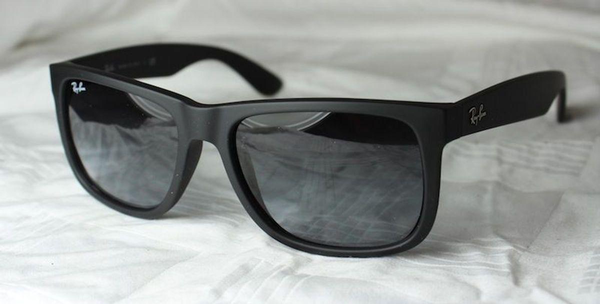 b929714ce ray ban justin preto rb 4165 - óculos ray-ban.  Czm6ly9wag90b3muzw5qb2vplmnvbs5ici9wcm9kdwn0cy83nzu1mzaylzg3mjc1m2yzyzq4ytflmjmzzwu4oguzntkwywm3zdy5lmpwzw