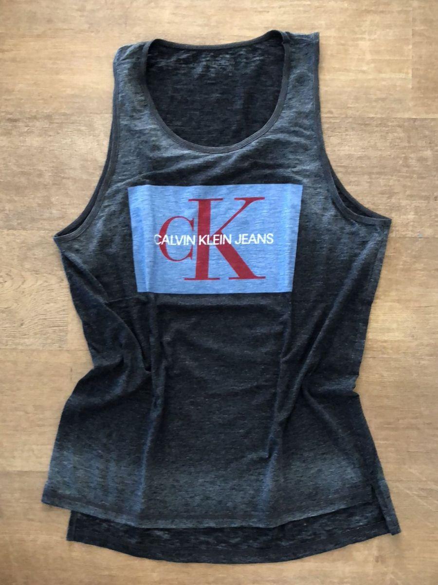 c30b462fd927e regata calvin klein devorada com estampa logo frente - camisetas calvin  klein