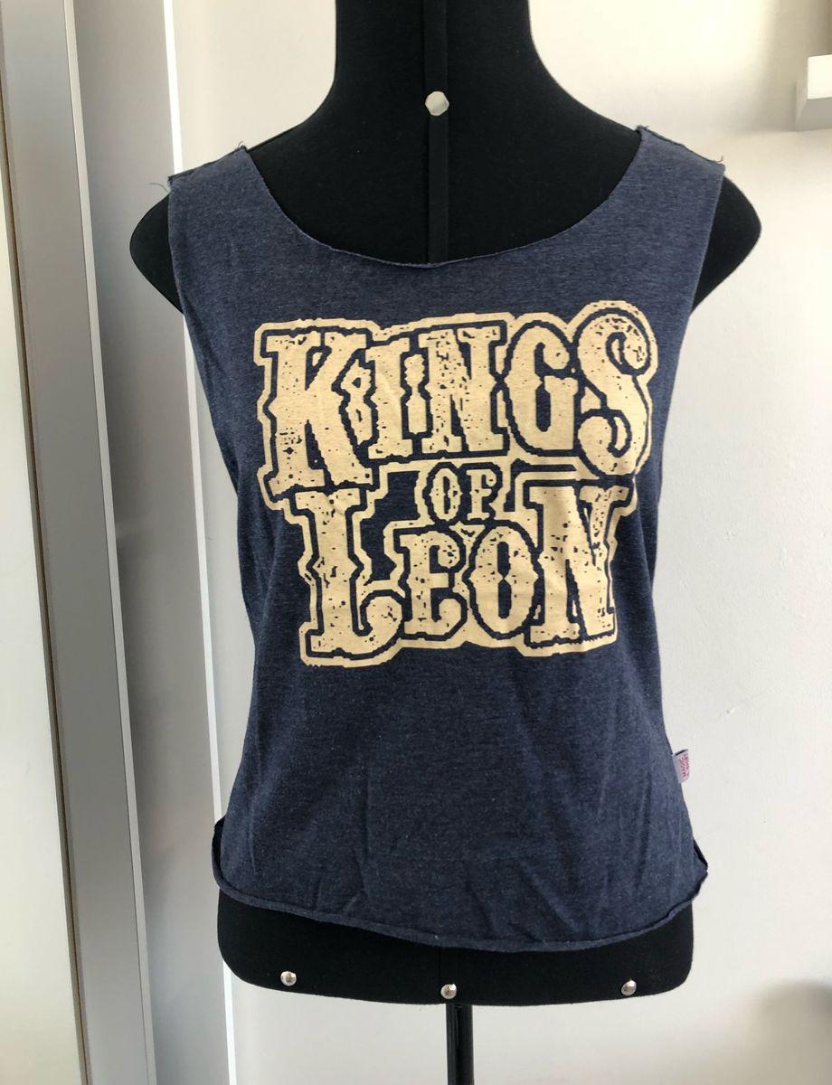 cfa457979992 regata kings of leon - blusas sem marca.  Czm6ly9wag90b3muzw5qb2vplmnvbs5ici9wcm9kdwn0cy80otq4mdq3l2ixnmflyjq2yzjlnmzlndblnwvintrkn2e1ymm1nwrjlmpwzw