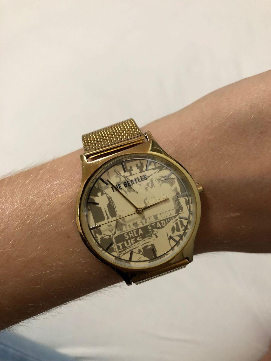701ea8c75 Relógio Chilli Beans, Dourado, The Beatles | Relógio Feminino Chilli ...