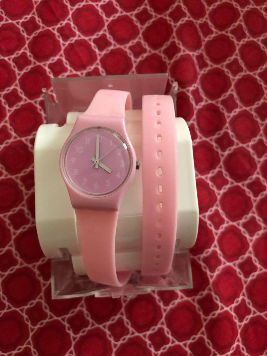 3985ceea903 relógio de duas voltas swatch pink - relógios swatch