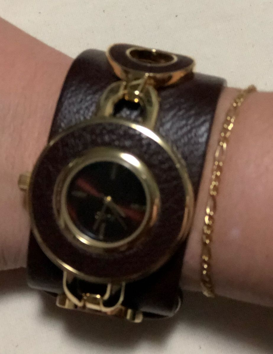 ea645e44bbb relógio feminino com pulseira de couro - relógios euro